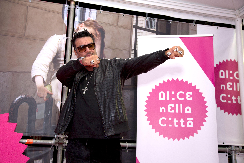 ALICE NELLA CITTA' - GIORNO 1